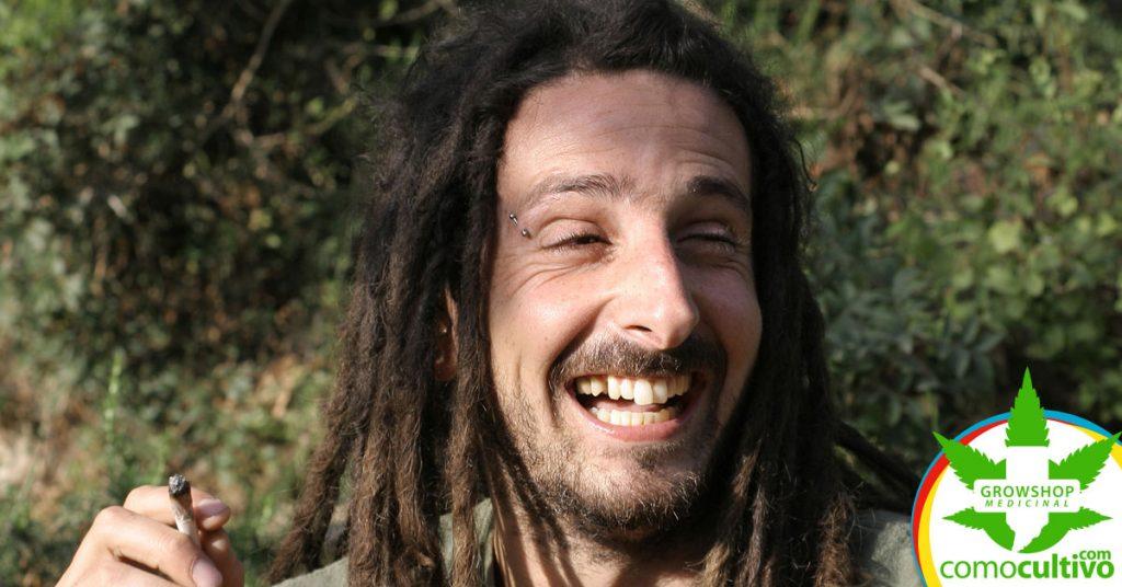 Os benefícios do riso e da felicidade ao consumir Cannabis